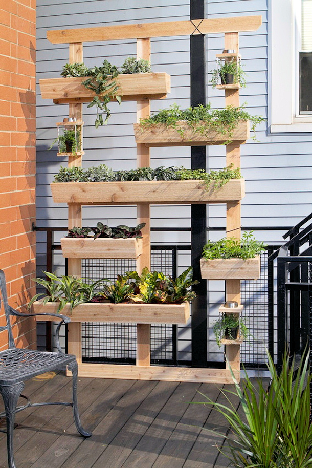 The best diy vertical gardens for small spaces Herb garden wall ideas
