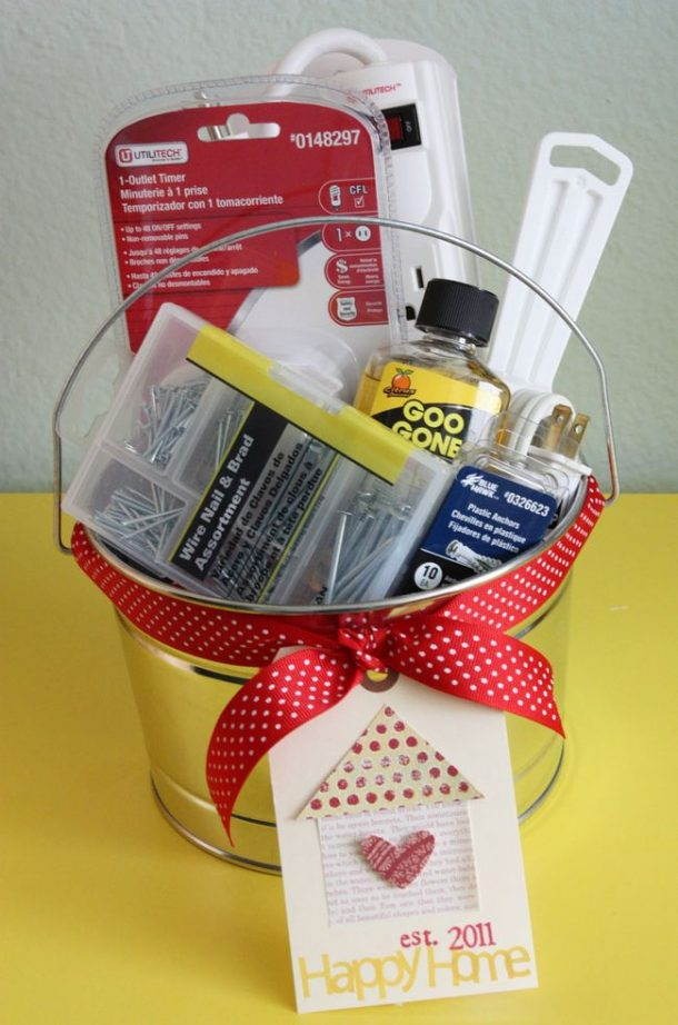 Cute idea for a New Homeowner Housewarming DIY Gift Basket via Just Make Stuff - Do it Yourself Gift Baskets Ideas for All Occasions - Perfect for Christmas - Birthday or anytime! #giftbaskets #giftbasketideas #diygiftbaskets #gifthampers #easygifts #giftideas #birthdaygifts #diybirthdaygifts #birthdaygiftideas