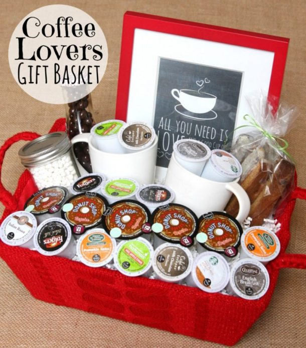 Cute DIY gift basket idea for Coffee Lovers using K-Cups via Happy Go Lucky - Do it Yourself Gift Baskets Ideas for All Occasions - Perfect for Christmas - Birthdays or anytime #giftbaskets #giftbasketideas #diygiftbaskets #gifthampers #easygifts #giftideas #birthdaygifts #diybirthdaygifts #birthdaygiftideas