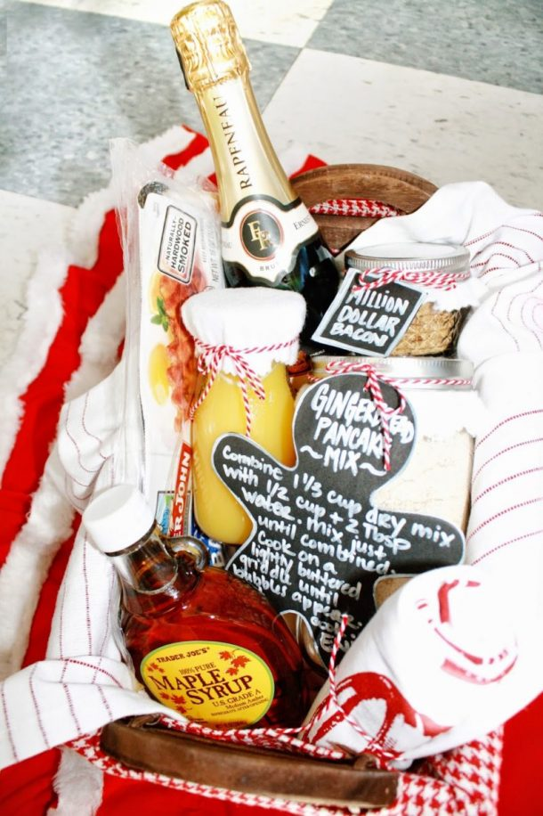 FUN Holiday Gingerbread pancakes and Mimosas DIY Breakfast Gift Basket Idea via Curly Q Paper - Do it Yourself Gift Baskets Ideas for All Occasions - Perfect for Christmas, Thank you gifts, Birthdays or anytime! #giftbaskets #giftbasketideas #diygiftbaskets #gifthampers #easygifts #giftideas #birthdaygifts #diybirthdaygifts #birthdaygiftideas