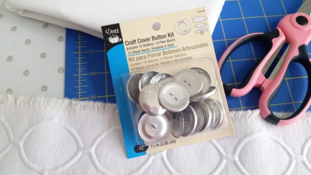 DIY Fabric Covered Buttons Tips to making them extra sturdy - Kit Contents #upholsteredbuttons #howtomakefabriccoveredbuttons #fabriccoveredbuttons #buttoncoverkit #buttoncoverkithack #fabricbuttonstutorial #buttonhack #upholstery #easyupholstery