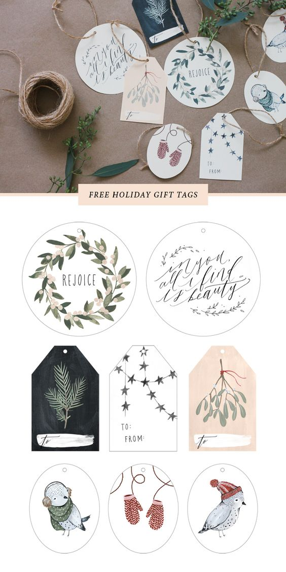 Just print these pretty FREE printable Christmas and Holiday gift tags out onto cardstock, cut around the edges, punch a hole, and string with twine. So pretty and so easy! | Kelli Murray #christmasprintables #freechristmasprintables #christmascards #christmasgifttags #printablechristmascards #printablechristmasgifttags #christmaspapercrafts